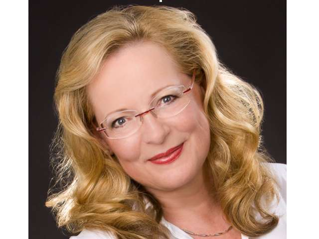 Dr. Christa Jana Hartwig